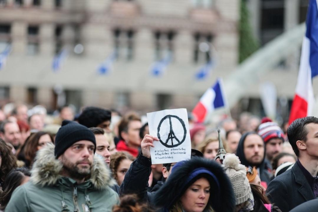 パリ同時多発テロで通信暗号化を責めるのはやっぱりおかしい