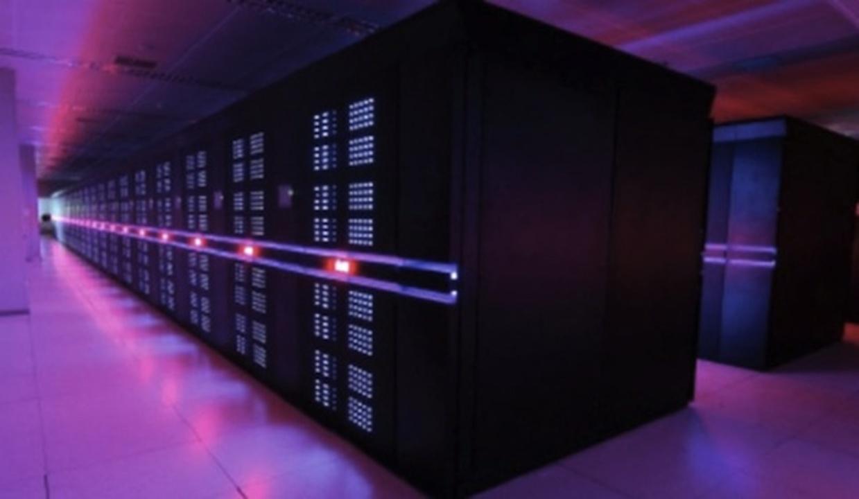 世界最速スパコン、日米を尻目に中国が大躍進のランキングに