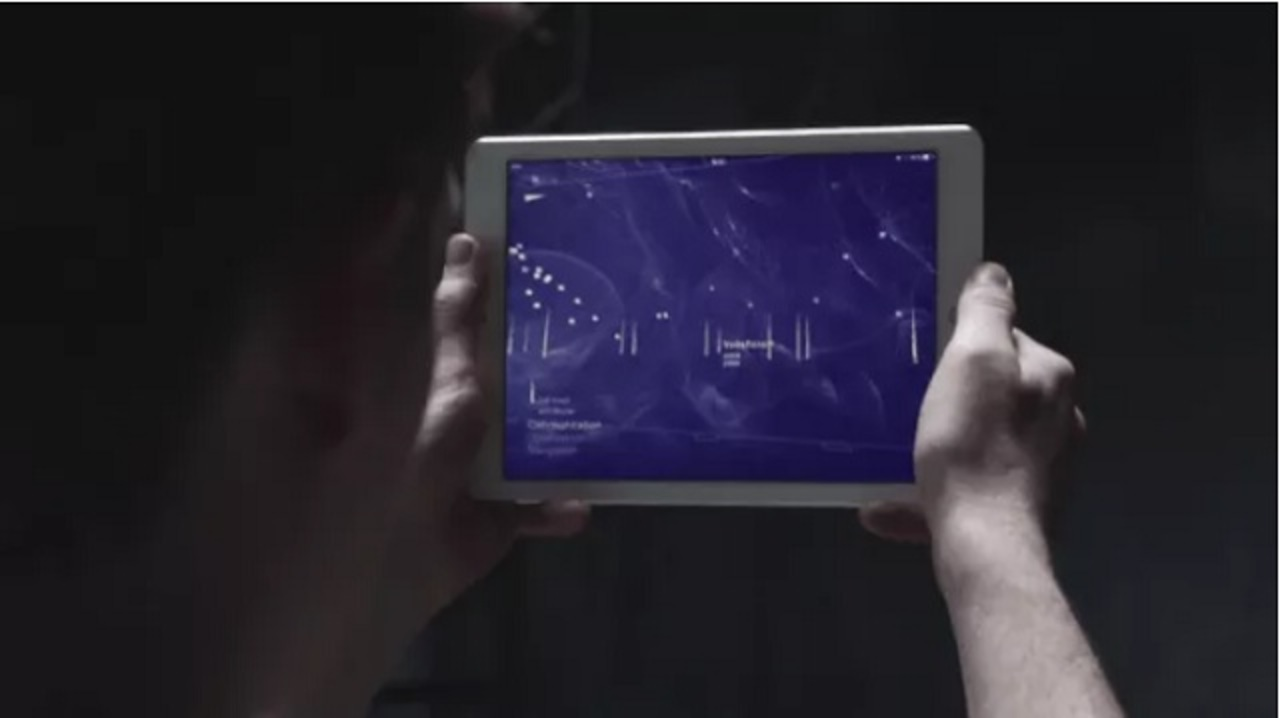 天体じゃなくて電波観測。携帯やWi-Fi、GPSの電波を可視化するARアプリ