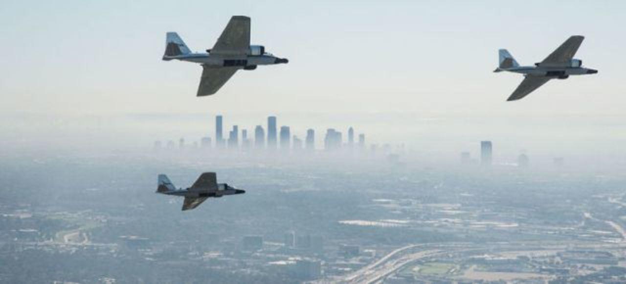 60年代から活躍するNASAの研究航空機が編隊飛行する貴重な光景