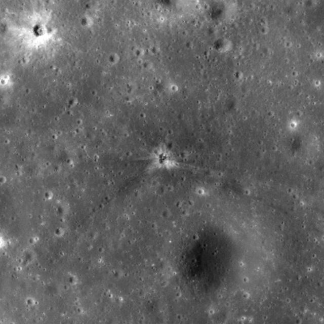 151202Apollo16_SaturnV.jpg