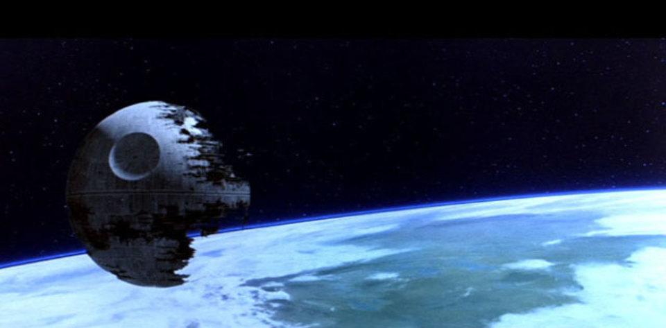 経済学者は語る「デス・スター2つも破壊されたら銀河帝国は経済破綻する」