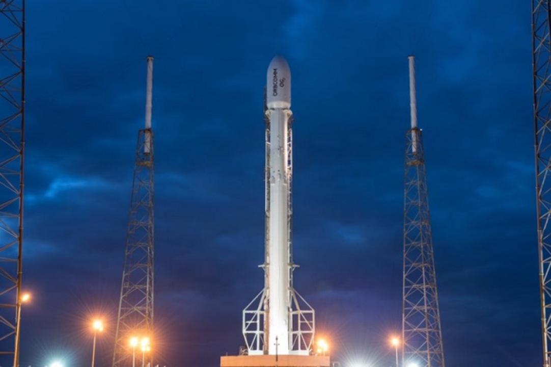 リベンジなるか。スペースXによるロケット打ち上げは明日に延期