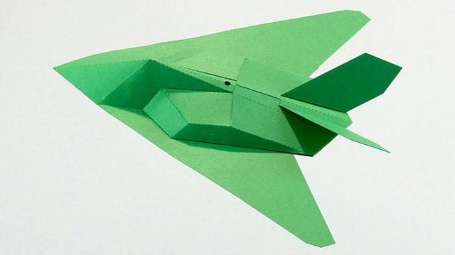 151225fantasticpaperplanes01.jpg