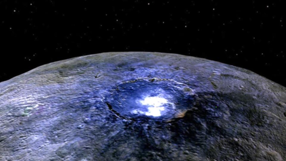 惑星セレスの光る点は秘密基地の入り口じゃなくて塩だった