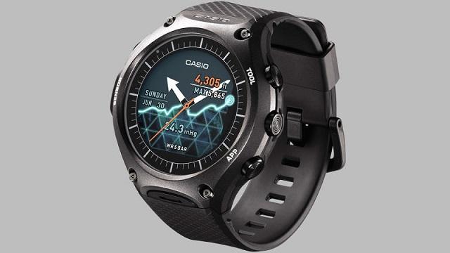 160106_casio_smartwatch_2.jpg