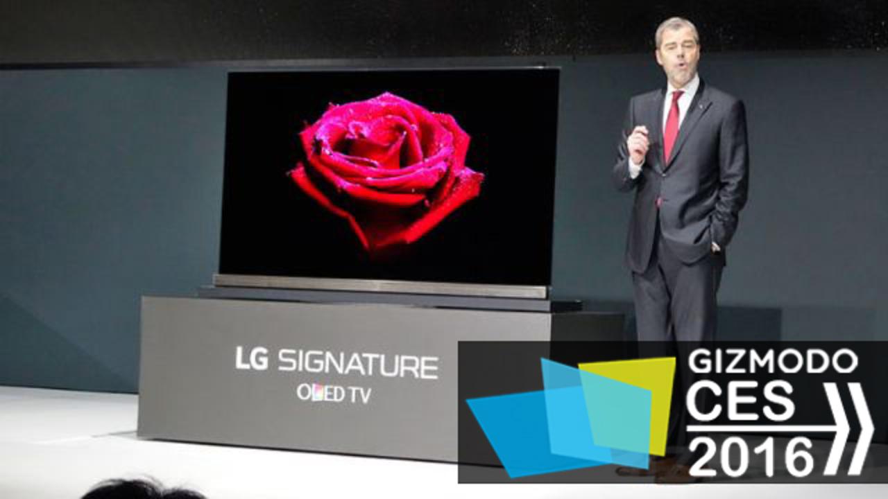 LGから2.57mm厚の有機ELTV登場、「クレジットカード4枚より薄い」