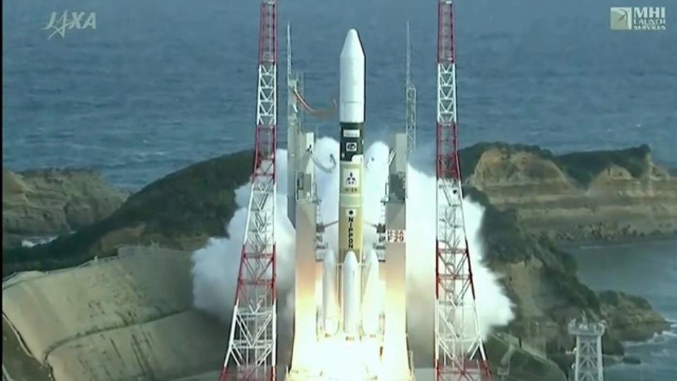30分で2015年のロケット打ち上げ86本コンピレーション映像が見られます