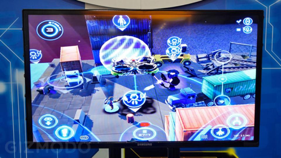 人命救助ゲームAir Hogs Connectは本当にマルチコプター型ラジコンを操縦します