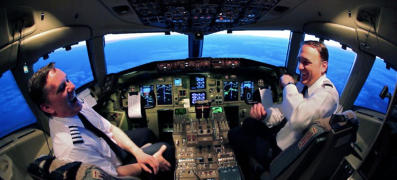 アメリカではパイロットが飛行機の操縦の仕方を忘れてる