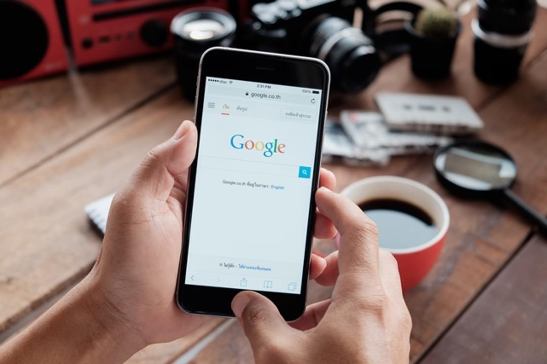 iOSのデフォルトがGoogle検索であるために、グーグルは1200億円払っている!?