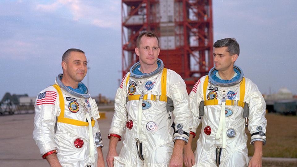 アポロ1号の悲劇がNASAを変えた