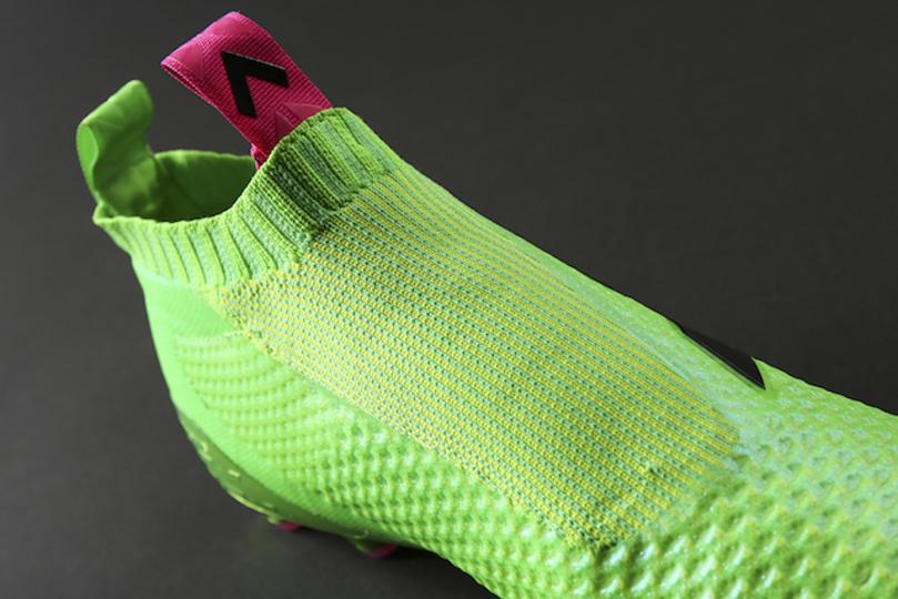 異常にシンプルな靴見つけた。アディダスから靴紐がないサッカースパイク、日本で限定発売