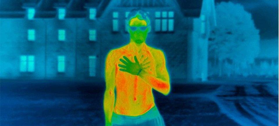 熱探知カメラで撮るとよくわかる、極寒の地で裸になった結果