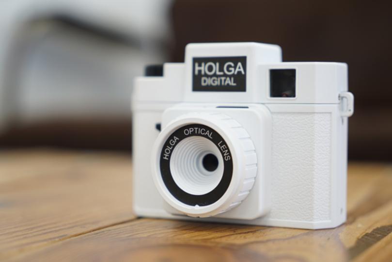 待望のHolga Digitalがギズ編集部に来た!