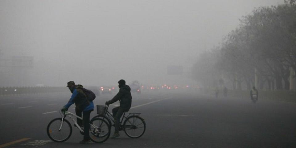 スマホで大気汚染度をチェック。写真から汚染度を推定するプロジェクト
