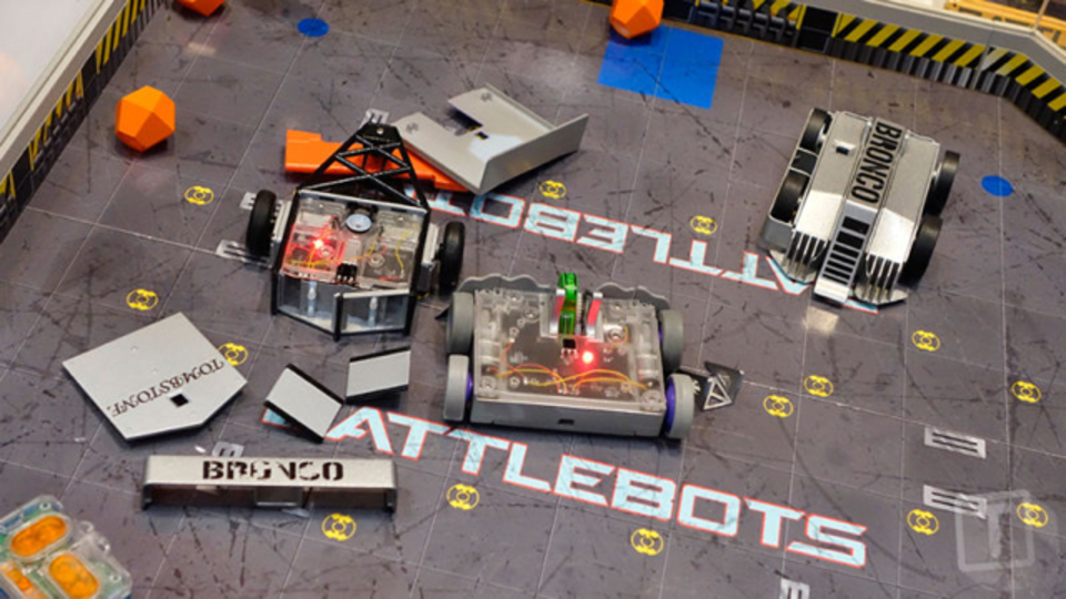 BattleBotsのラジコン版が登場。あなたもロボット大戦の主人公