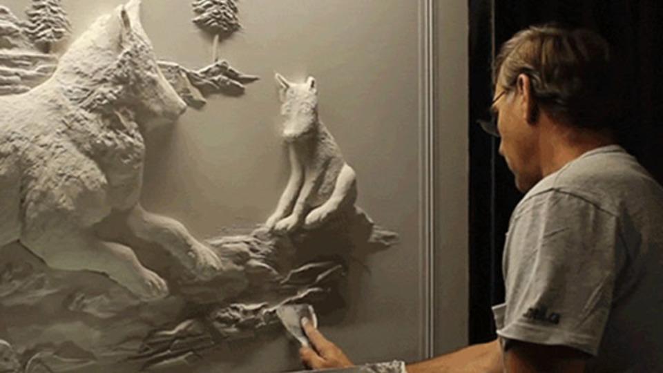 石膏職人が描く、立体アートができるまで