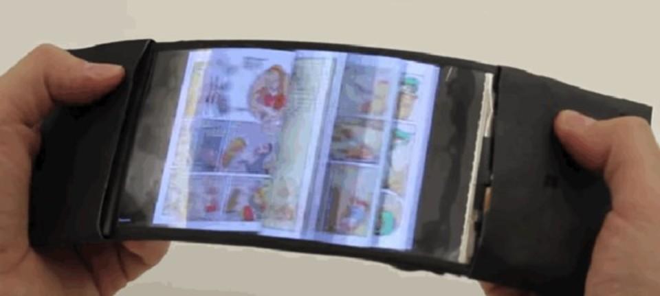 曲がるスマートフォンはこんな風になる? スマホの未来が垣間見えるプロトタイプ