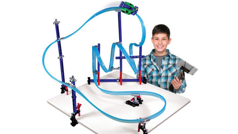 おとなだって気になる。進化し続けるレール玩具の次世代版が、これだ!