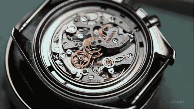 オメガの時計修理が、芸術に触れるように繊細で美しい