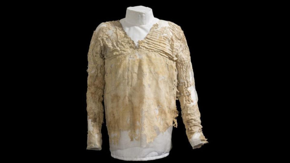 このボロッボロの布が世界最古の服だった