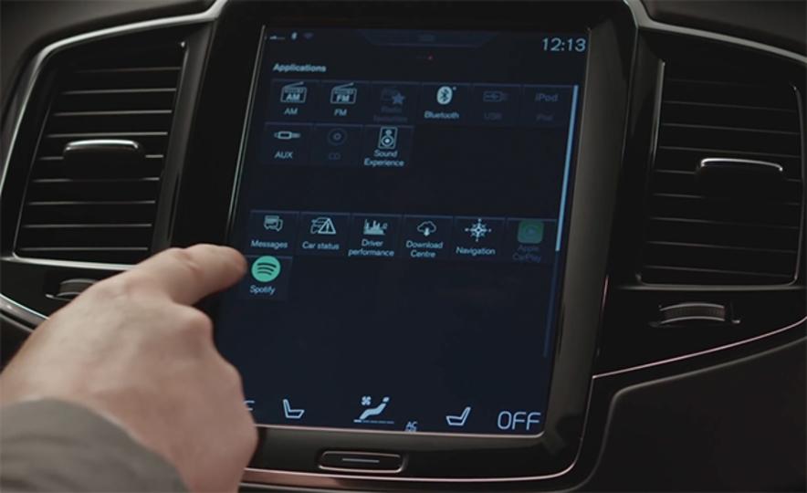 ついに車に内蔵。最新のVolvoならスマホレスでSpotifyを楽しめる