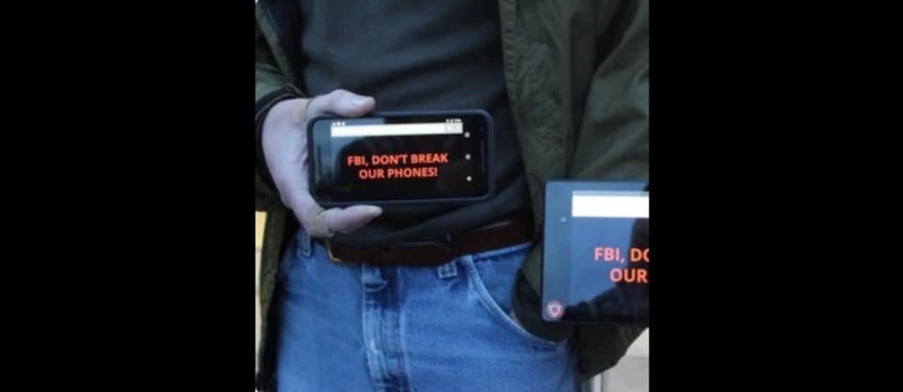 アップルFBI問題:アップルファンも正直興味ない? iPhoneロック解除問題