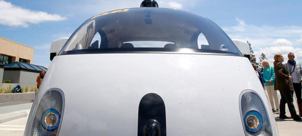 自動運転車にハンドルが要らない理由