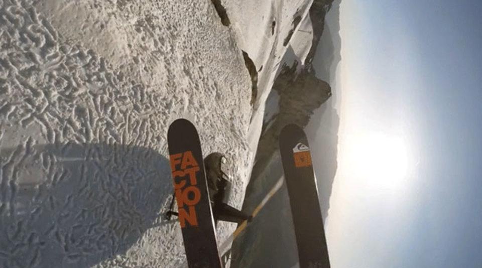 これ、スキーがよっぽど上手くないと死ぬわよ