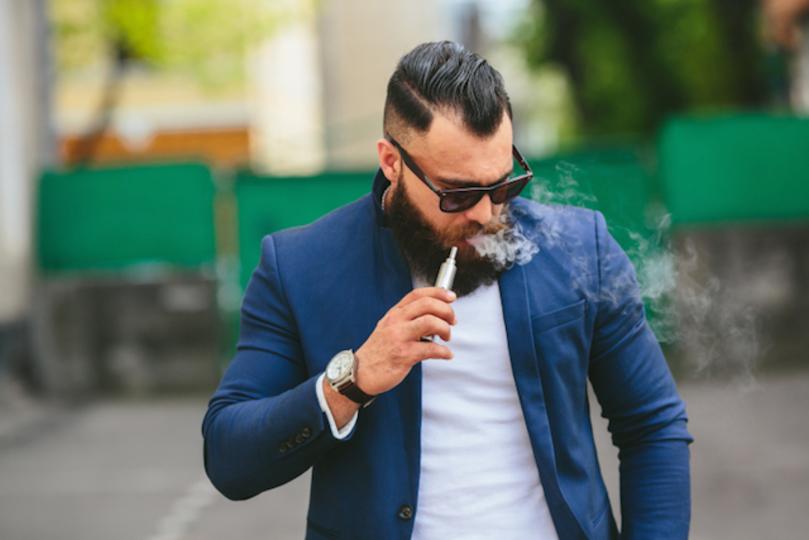 マルボロが大幅リストラ。理由はなんと電子タバコ開発