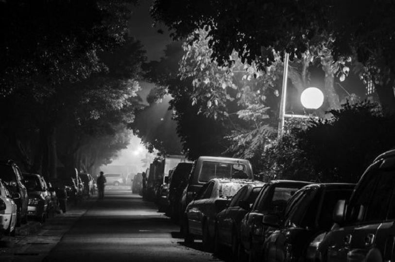 白色LEDの街灯は歩行者を安心&ハッピーにする