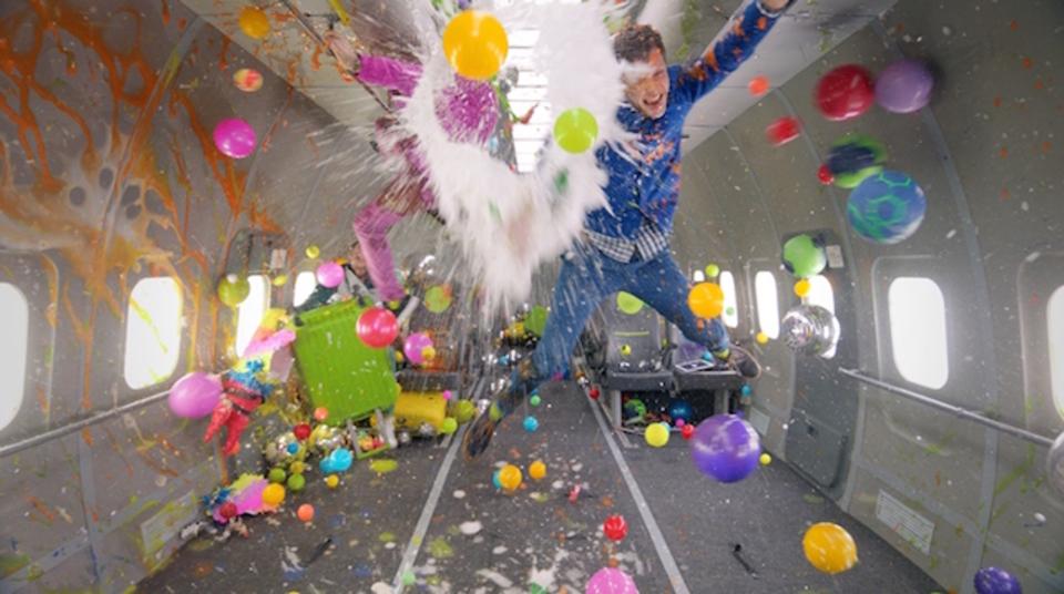 人類初の「無重力」MV完成! わずか216秒で撮ったOK Go最新作が世界同時解禁 #okgo