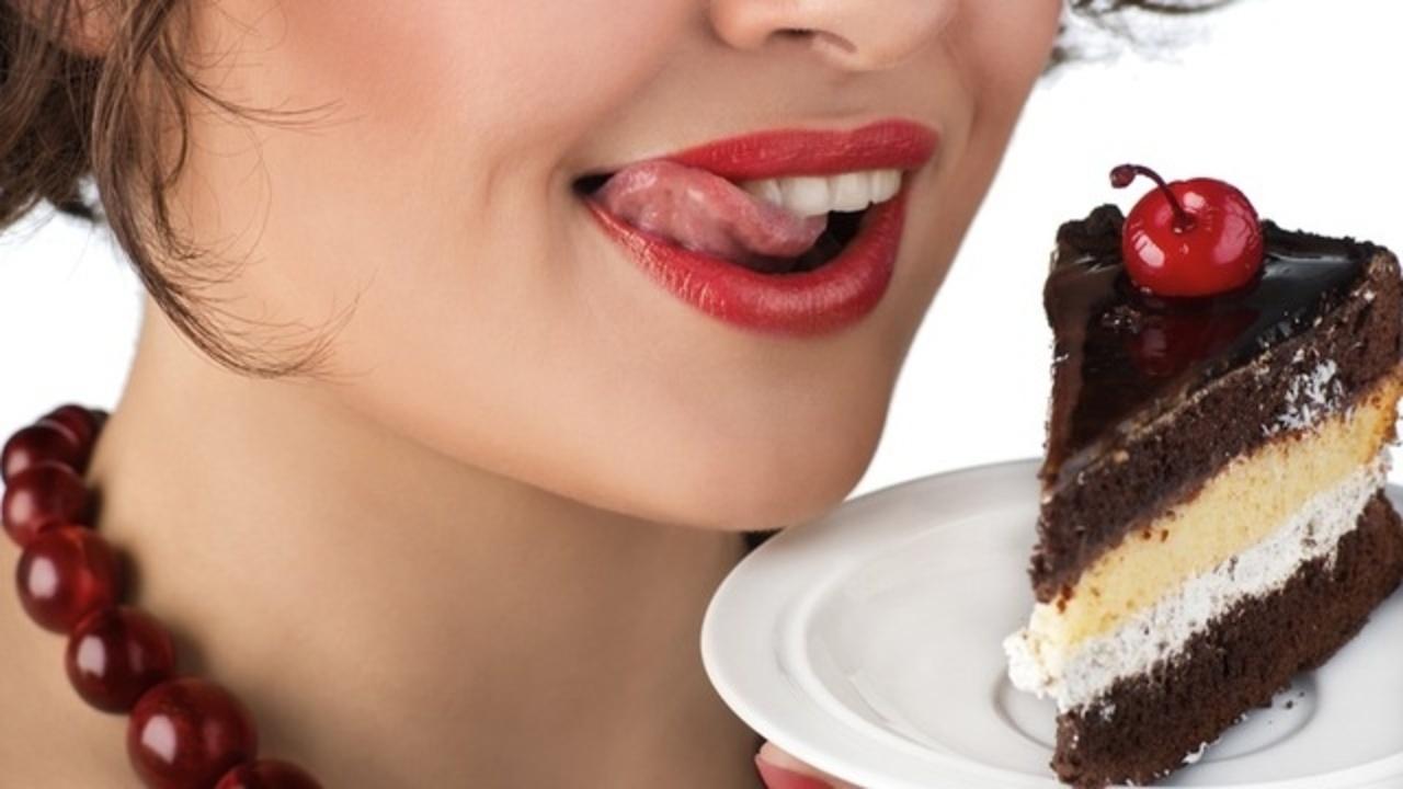 朝食にチョコレート等のデザートを食べると痩せるという研究結果が明らかに