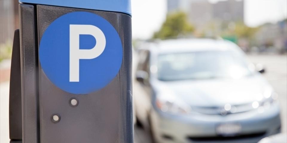 駐車料金はスマホでピッ。ニューヨークで始まります。