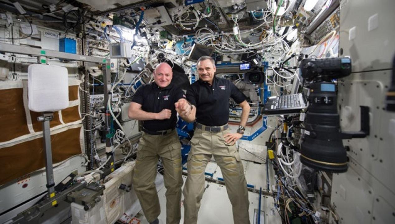お帰りなさい! 気さくな宇宙おじさんことスコット・ケリー飛行士、ついに地球帰還へ