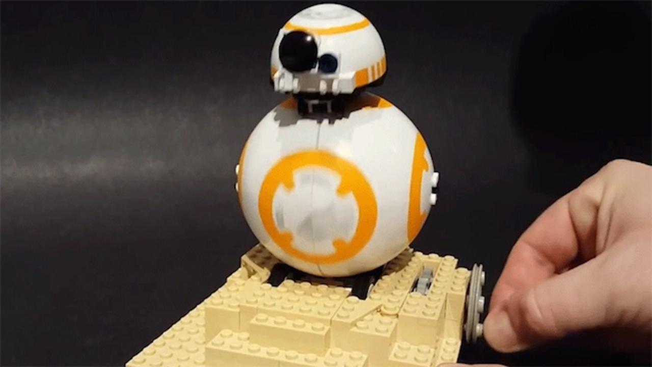 レゴDIY、クルクル回るBB-8を作ってみました。全部レゴの部品、ほんとに全部