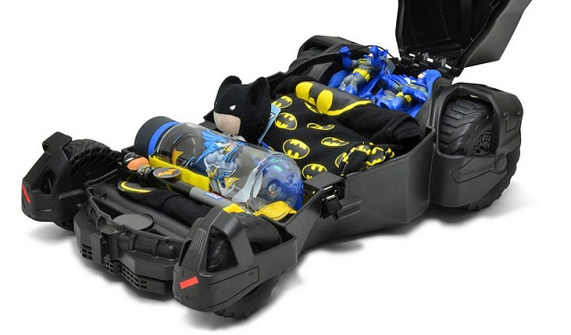 160308_batmobile_suitcase_4.jpg