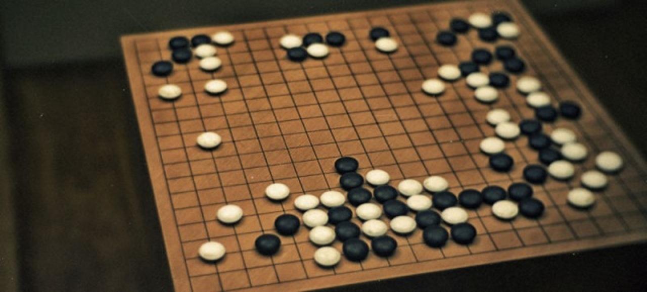 人類 vs AI、囲碁頂上決戦第一局はグーグルAIが勝利!
