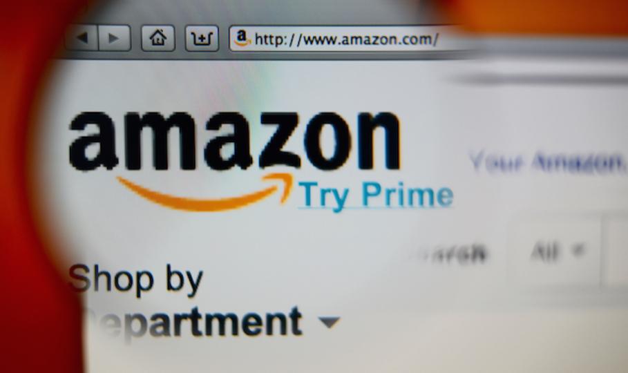 窃盗犯はシルエットで晒す。アマゾン倉庫作業の厳しい掟がまた明らかに