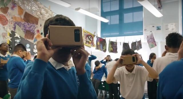 「VRのご利用は14歳以上に限ります」ってアリなのか?