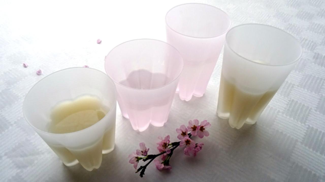 桜のシーズンは、サクラサクグラスのセットで花見酒を!