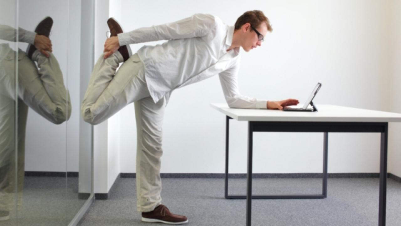 立って仕事すると健康によい…に科学的根拠はなしか