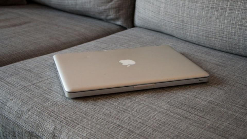 古いなんて言わないで。8年落ちのMacBookを愛用する真性マカー、魂の叫び
