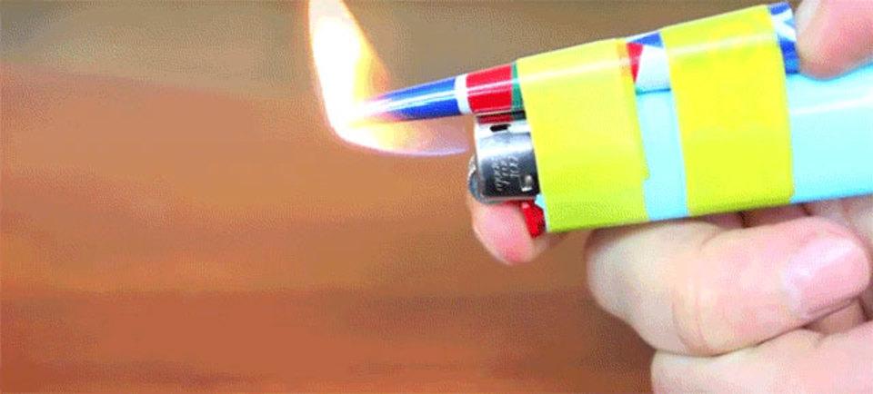 危険なDIY。空き缶とライターでグルーガンを作る…