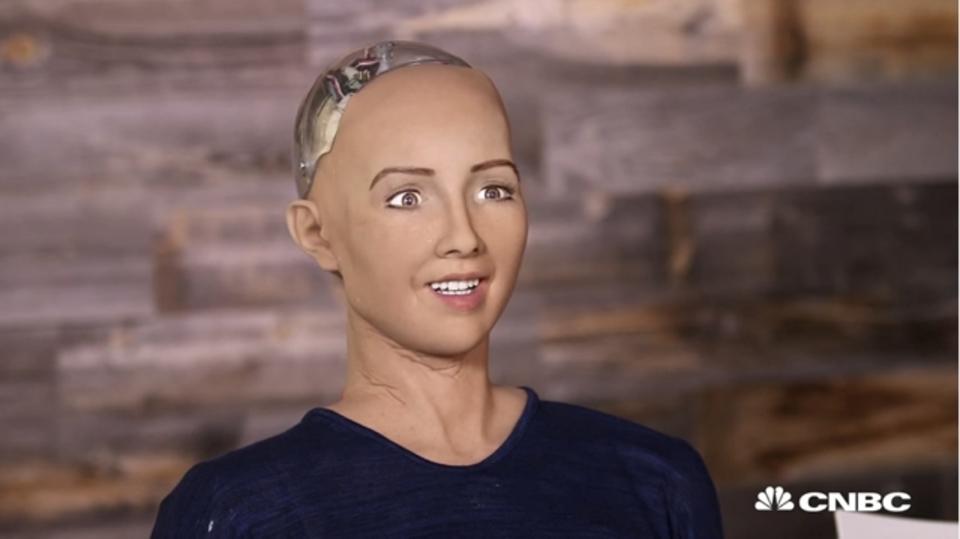 笑い飛ばせない……AIロボットが「人類を滅亡させる」と発言