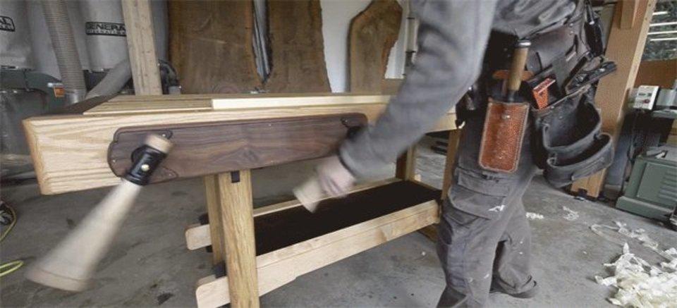 いい仕事はいい机から。日本の技術を使った作業台