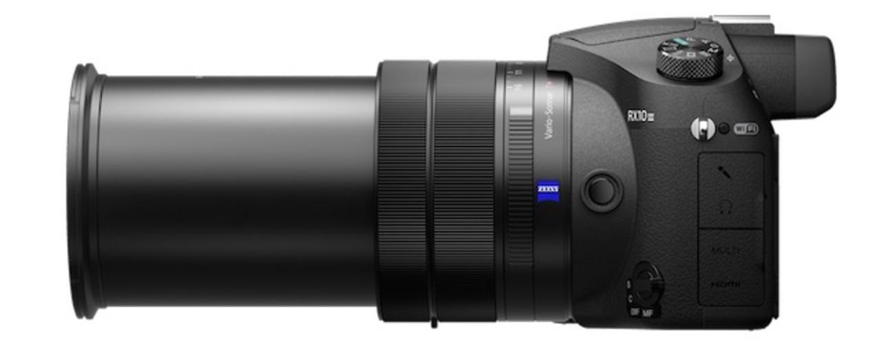 レンズにゅーん。ソニーの「RX10 III」は25倍ズームに超強化