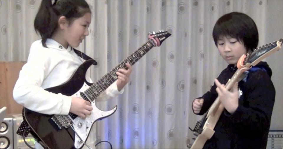 11歳の天才ギター少女りーさーXちゃんがPolyphiaをカバー。ママと弟も出演!