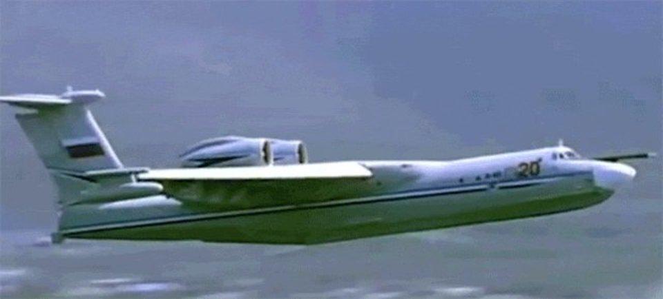 水上から飛び立つ飛行艇の魅力を再確認させてくれる動画